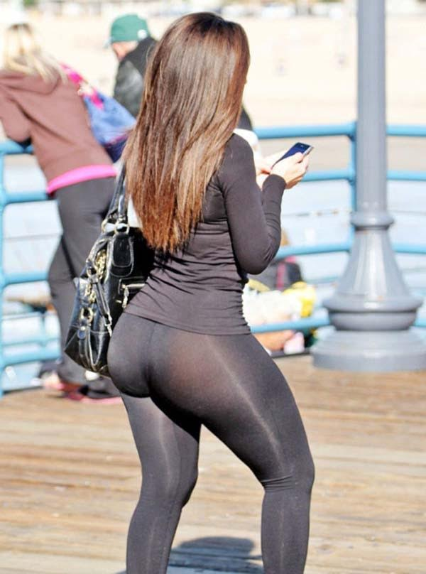 31 Epic Celeb Yoga Pant Fails! | Frankies Facts