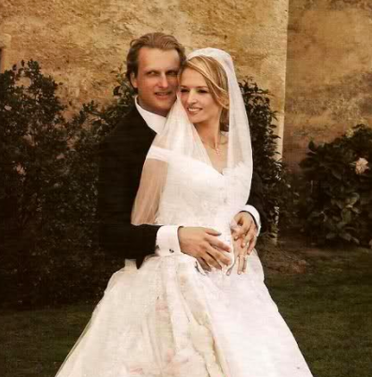 Delphine arnault wedding